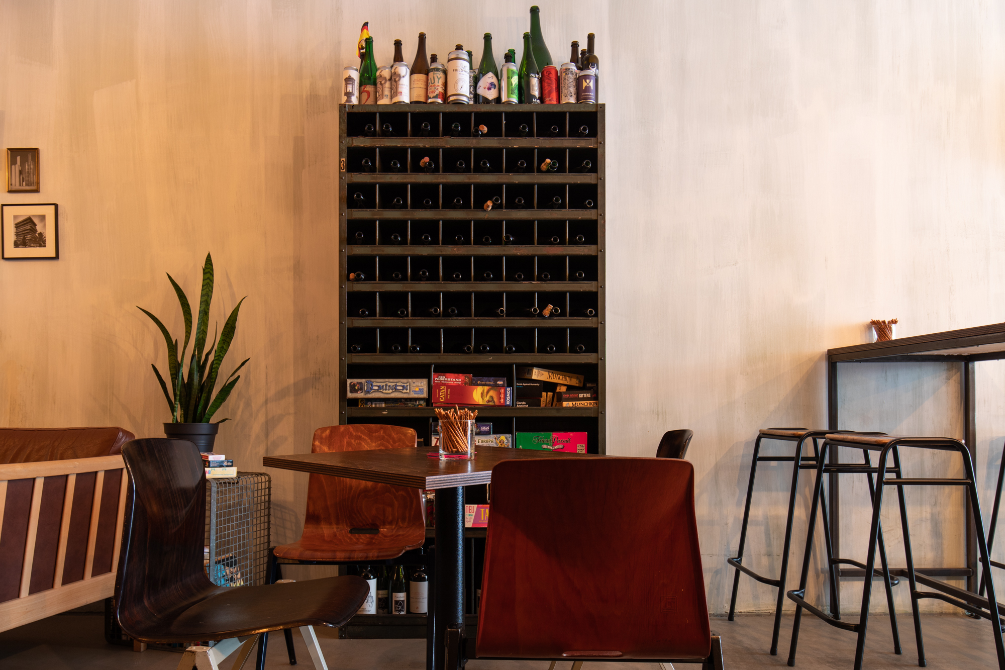 Furniture and Board Games at Muted Horn, a craft beer bar in Berlin Neukölln