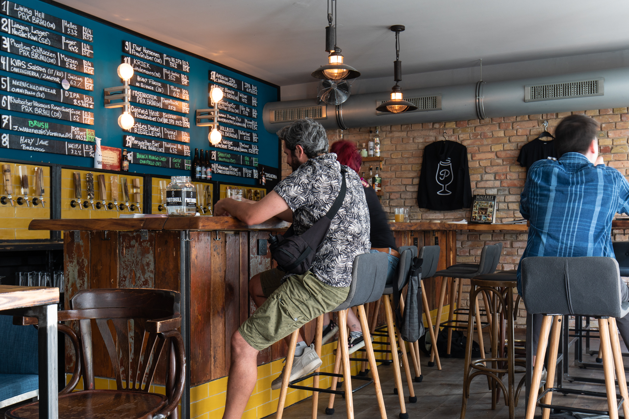 Protokoll Taproom Berlin, a craft beer bar with 24 taps in Berlin Friedrichshain